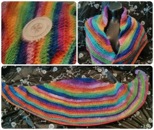 Kaotic Ekko's Curiosities Rainbow shawlette