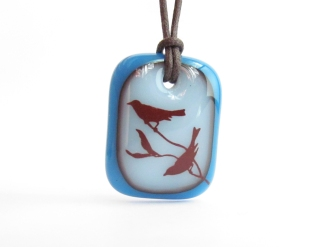 song-birds-necklace-milk-royal-blue-1000