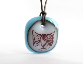 tabby-kitten-necklace-milk-aqua-1000