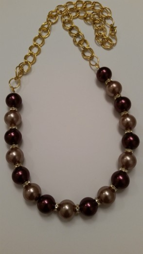Wine necklace with gold chain