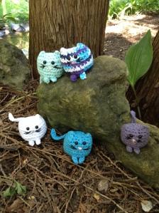 floofy-cat-crochet-2-kitties