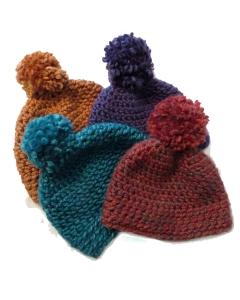 floofy-cat-crochet-4-cozy-pom-pom-hat